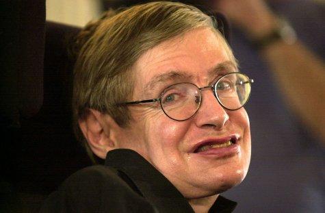 """ARCHIV - 16.10.2001,Bayern, München: Der britische Astrophysiker Stephen Hawking präsentiert sein neues Buch «Das Universum in der Nussschale». (zu dpa """"Britischer Astrophysiker Stephen Hawking gestorben"""" vom 14.03.2018) Photo by: Frank Leonhardt/picture-alliance/dpa/AP Images"""